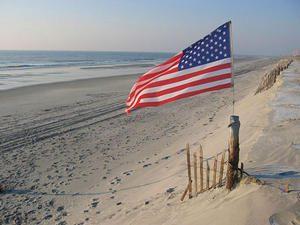 american_flag_on_beach