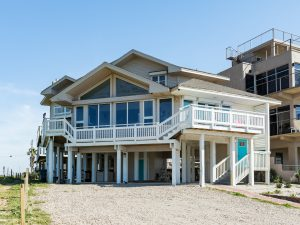 Panoramic beachfront Galveston vacation rental