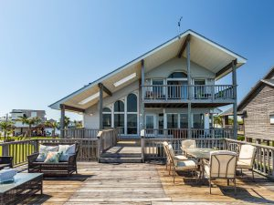 Salt Life bayfront Galveston vacation rental