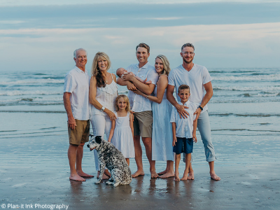 Galveston family photo with dog - Plan-it Ink Photography